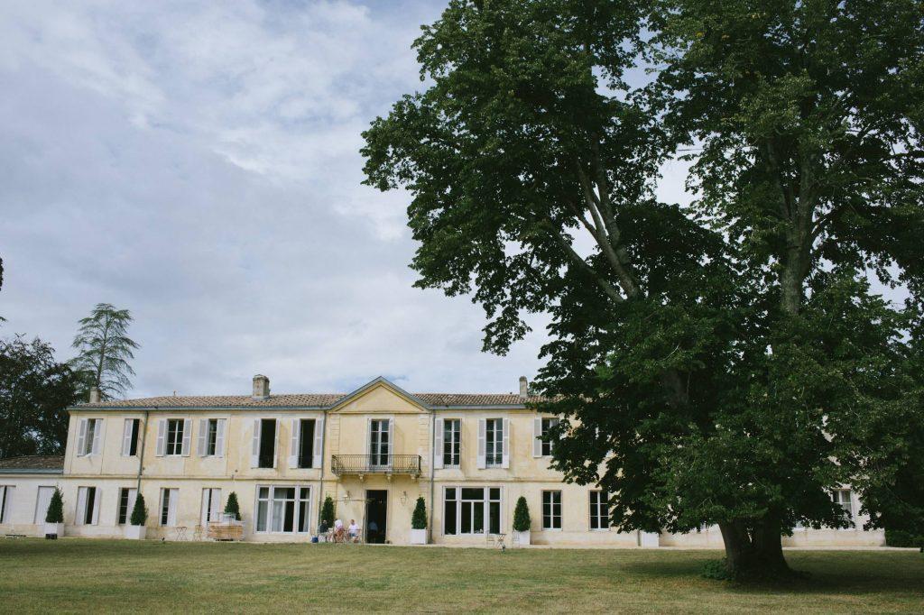 vu sur le château du thil à Bordeaux avant le début du mariage